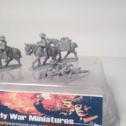 4 x US Cavalry. 2 mounted + pack horse 2 dismounted firing LMG