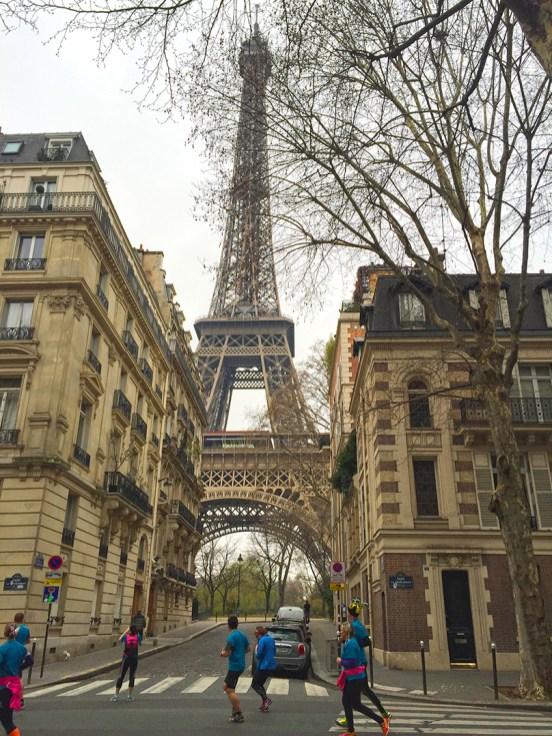 Paris Marathon 2016 Breakfast Run Eiffelturm
