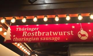 gluhweinwanderung-alexanderplatz-bratwurst