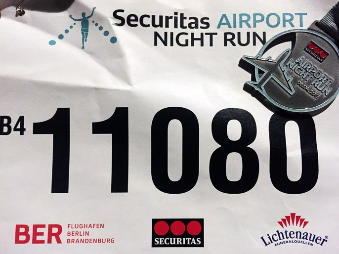 Securitas Airport Night Run Startnummer Medaille