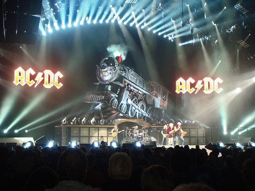 AC/DC gives Vancouver a brain-numbing ride