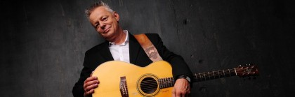 Hey guitar freaks: you'd be friggin' nuts not to go see Tommy Emmanuel