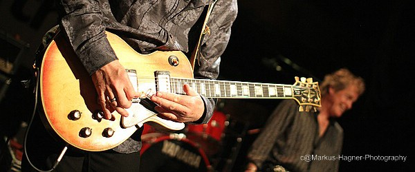 Savoy Brown guitarist Kim Simmonds always comes back to the Les Paul