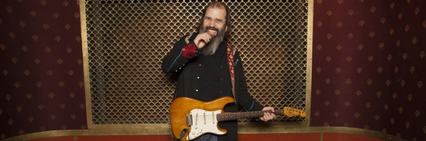 Steve Earle might cover Jimi Hendrix and ZZ Top in Vancouver, but either way, it's all good