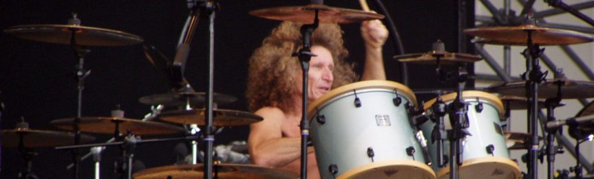 That time I asked Tommy Aldridge to name the most talented guitarist he ever played with