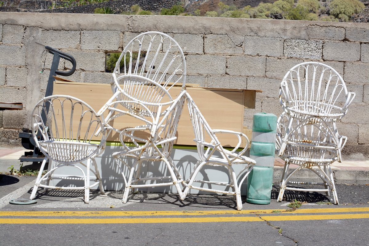 https earth911 com home garden recycling mystery patio furniture