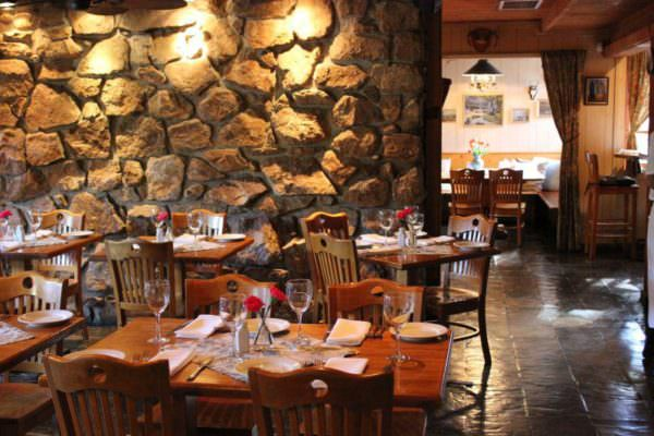 Dining room at Café Rustica in Carmel Valley Village