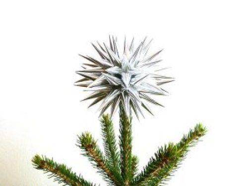 handmade-silver-paper-star-tree-topper
