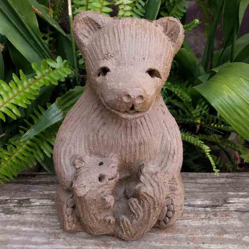 mama_bear_two_cubs_greenspace_1