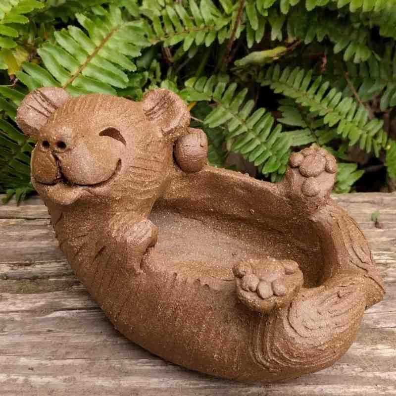 bear_on_back_planter_outside_6