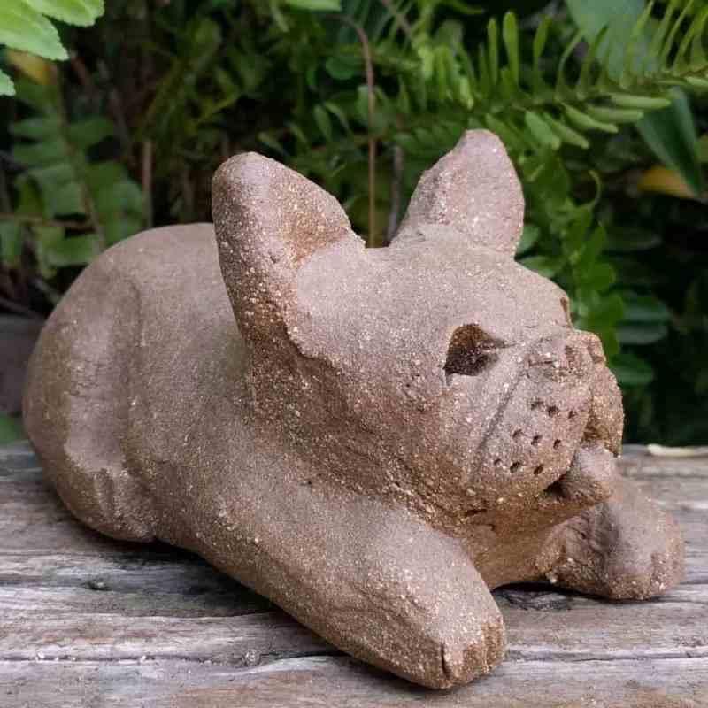 bulldgo-playful-small-garden-sculpture-clay-margaret-hudson-earth-arts-1024-13