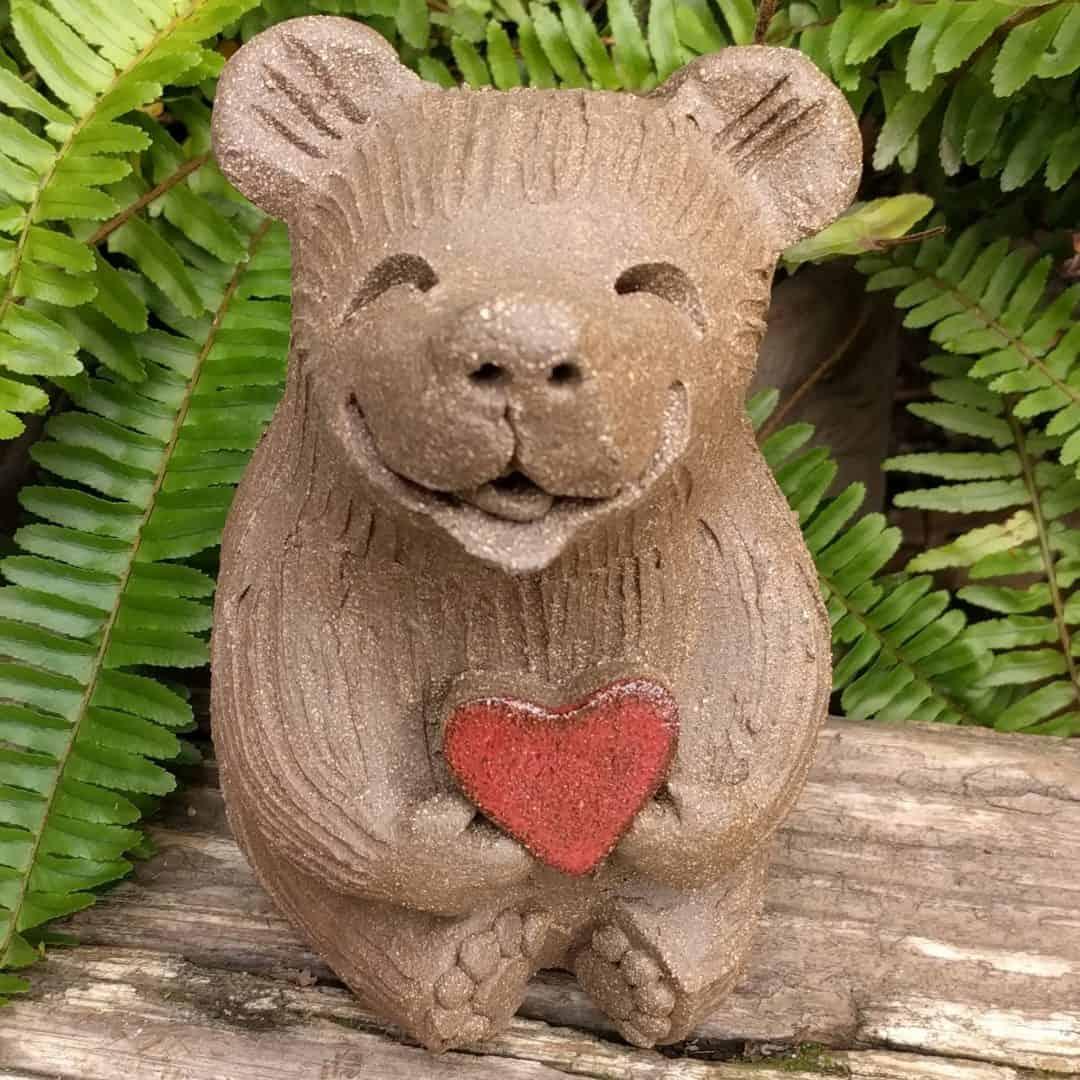 medium_bear_heart_outside_1
