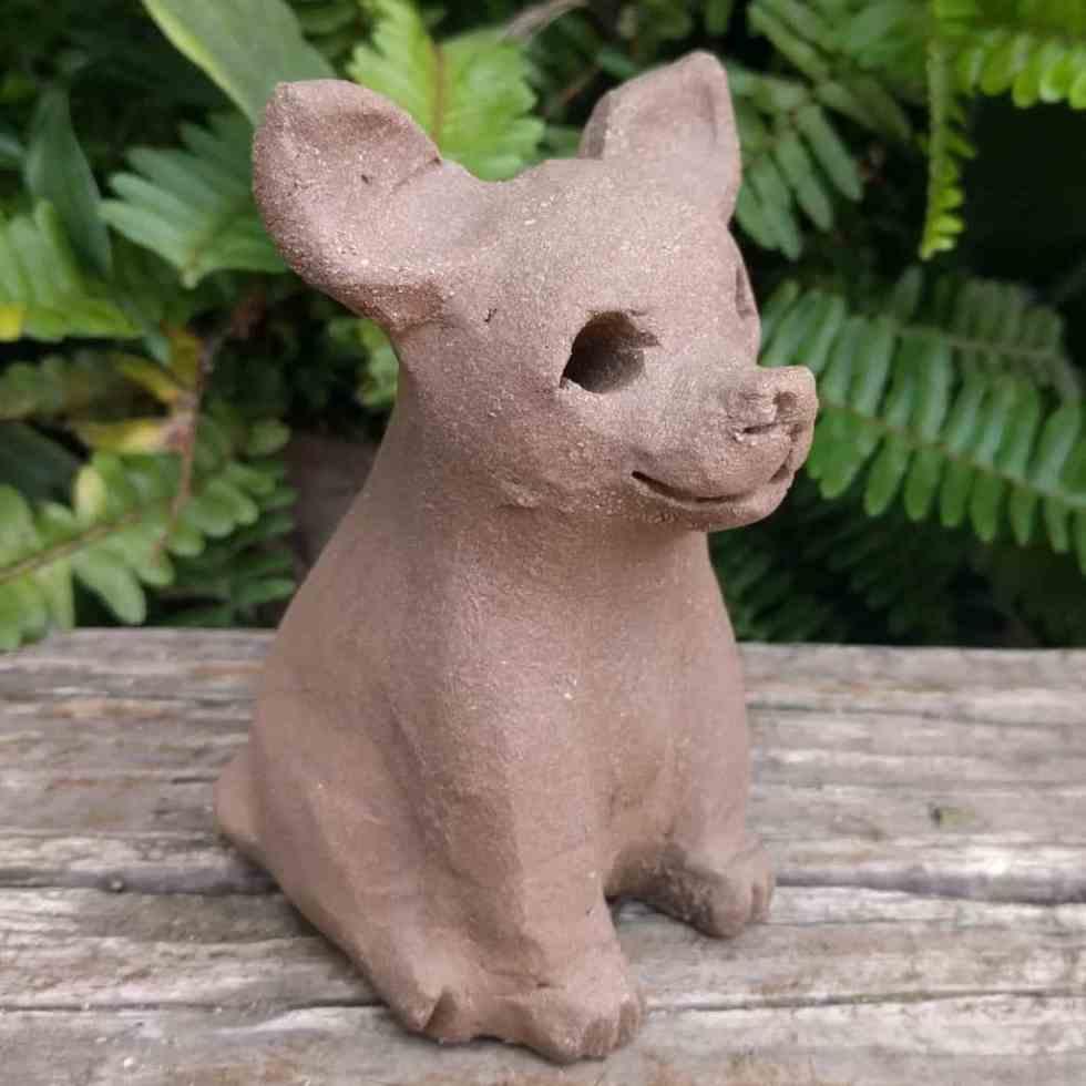 chihuahua-sitting-small-garden-sculpture-margaret-hudson-earth-arts-1024-02