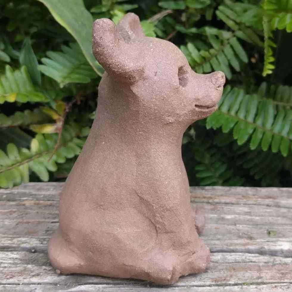 chihuahua-sitting-small-garden-sculpture-margaret-hudson-earth-arts-1024-04