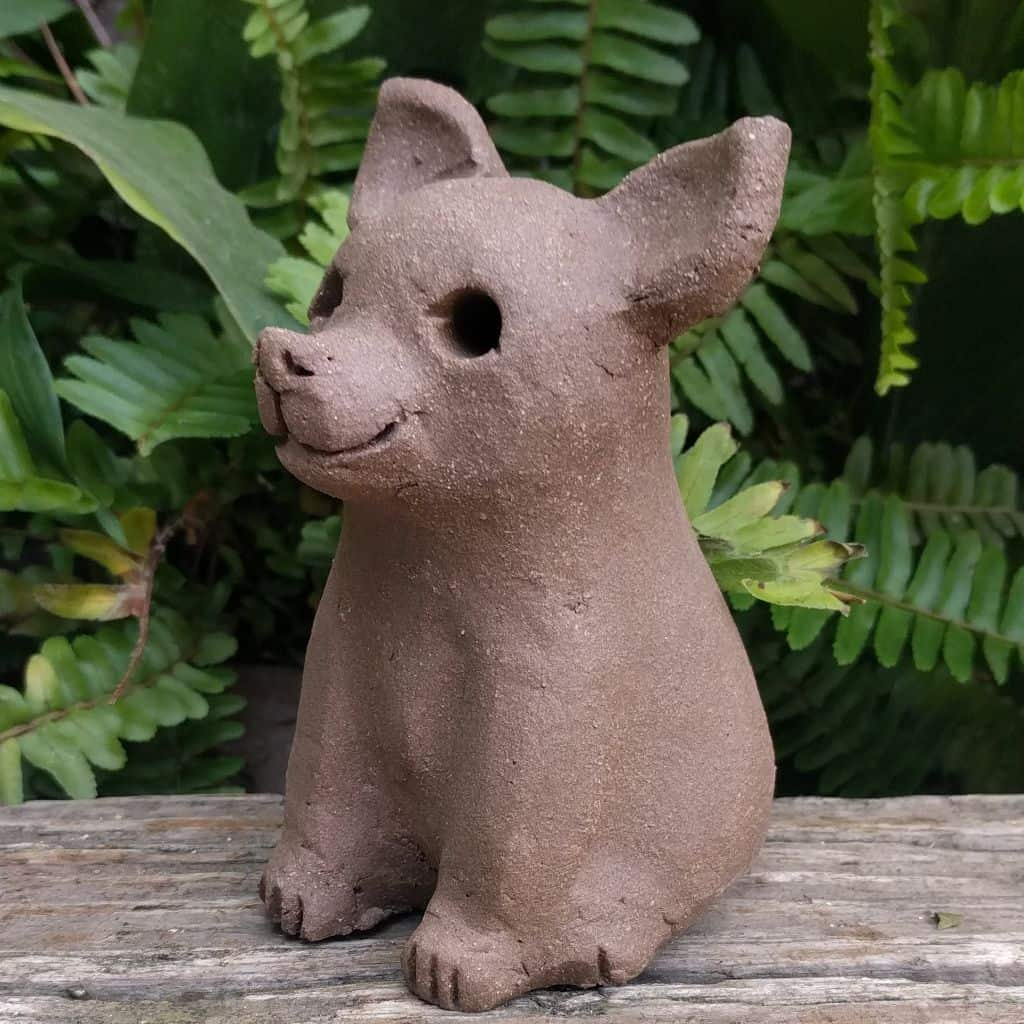 chihuahua-sitting-small-garden-sculpture-margaret-hudson-earth-arts-1024-11