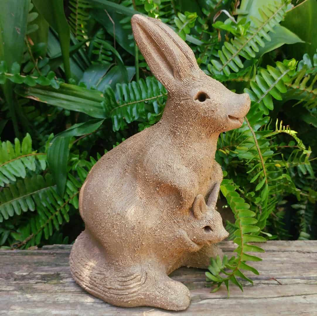 clay-kangaroo-mama-baby-in-pouch-outdoor-sculpture-by-margaret-hudson-earth-arts-studio-7
