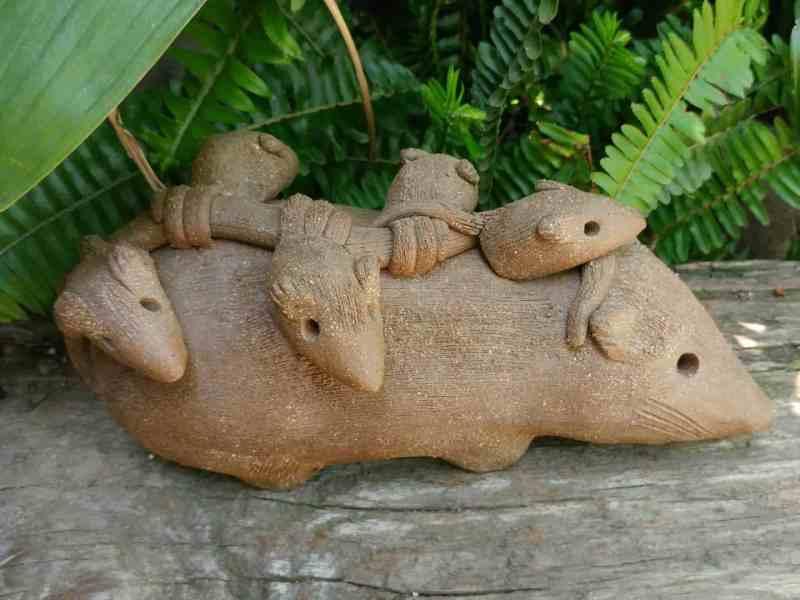 clay-opossum-mother-babies-on-back-garden-sculpture-by-margaret-hudson-earth-arts-studio-5