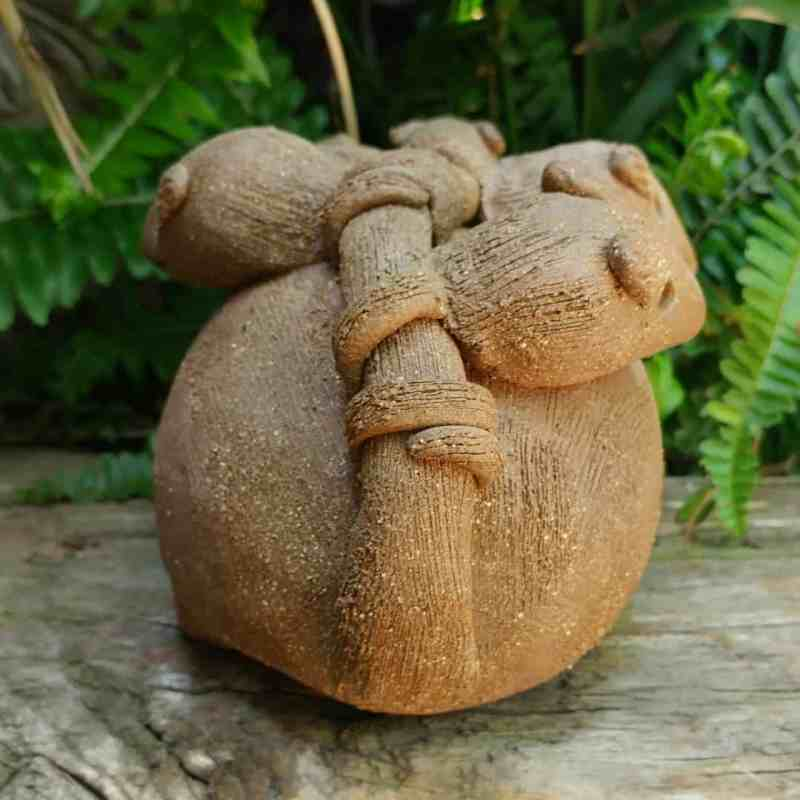 clay-opossum-mother-babies-on-back-outdoor-figurine-by-margaret-hudson-earth-arts-studio-13