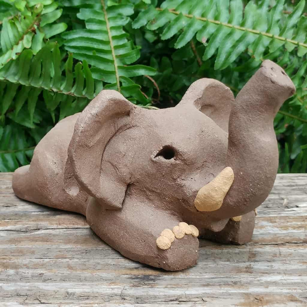 ceramic-elephant-card-stand-1024px-outdoor-sculpture-by-margaret-hudson-earth-arts-studio-3