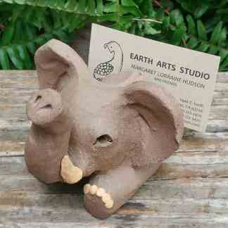 clay-elephant-card-stand-1024px-garden-figurine-by-margaret-hudson-earth-arts-studio-10