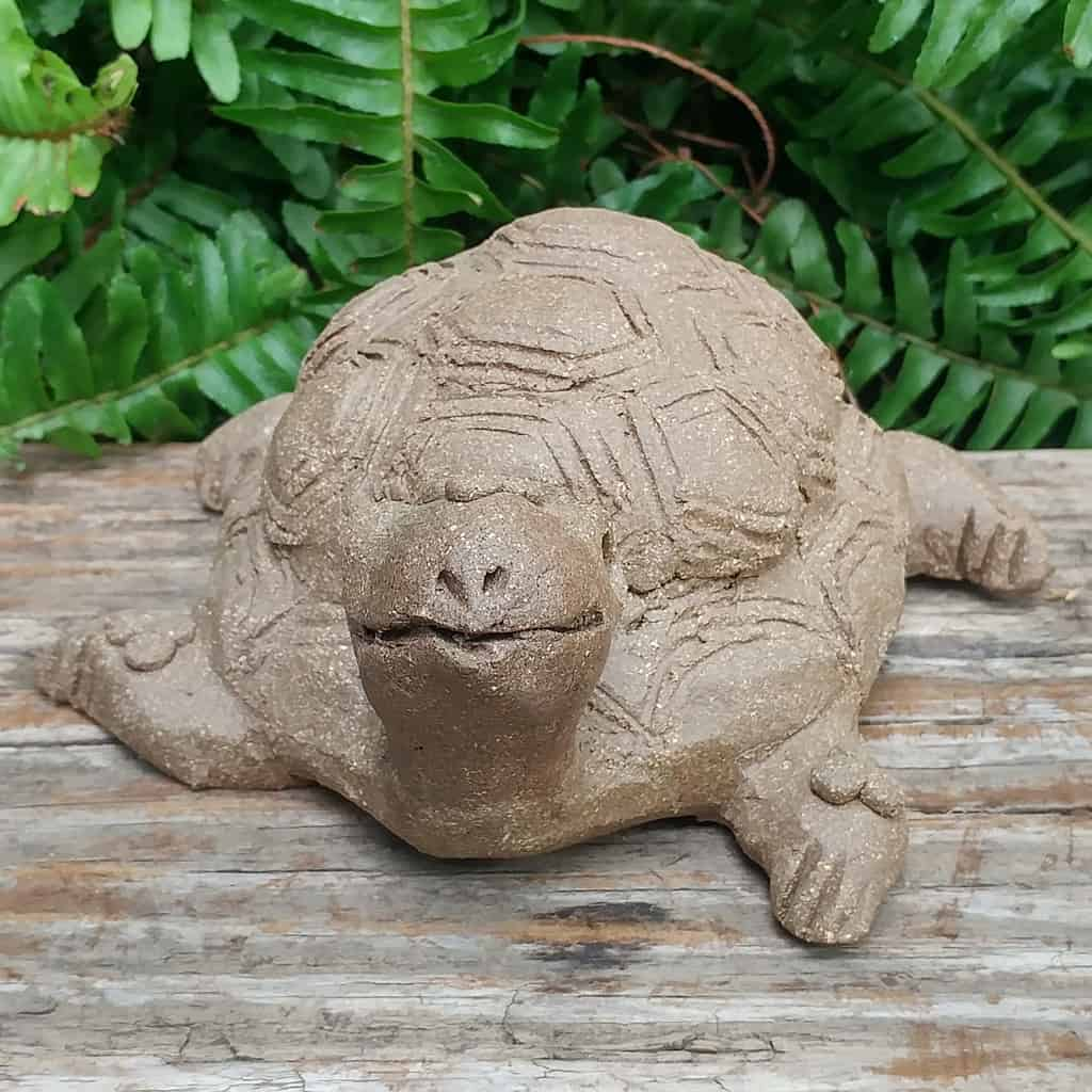 clay-medium-turtle-1024px-outdoor-sculpture-by-margaret-hudson-earth-arts-studio-6