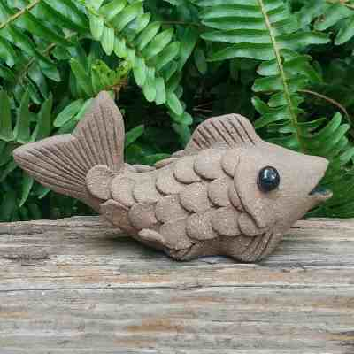 clay-small-fish-1024px-garden-figurine-by-margaret-hudson-earth-arts-studio-6