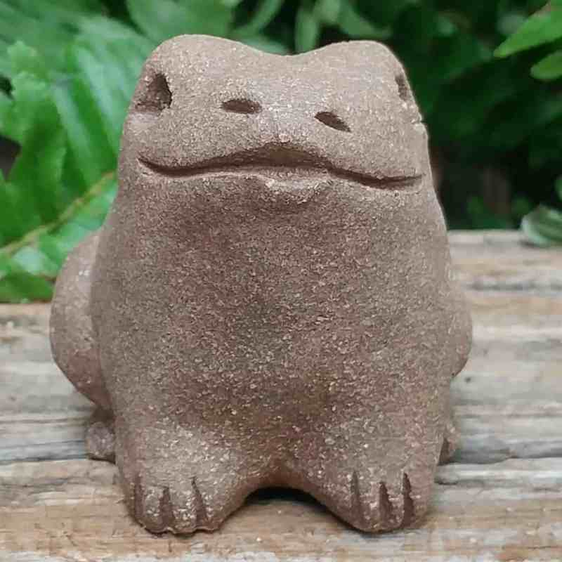 clay-small-frog-1024-garden-sculpture-by-margaret-hudson-earth-arts-studio-6