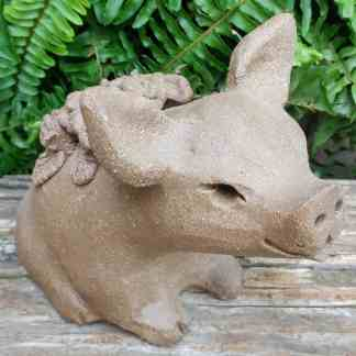 stoneware-flower-pig-1024px-garden-statue-by-margaret-hudson-earth-arts-studio-3