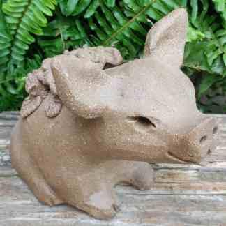 stoneware-flower-pig-1024px-garden-statue-by-margaret-hudson-earth-arts-studio-3