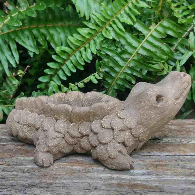 clay-alligator-small-garden-statue-by-margaret-hudson-earth-arts-studio-9