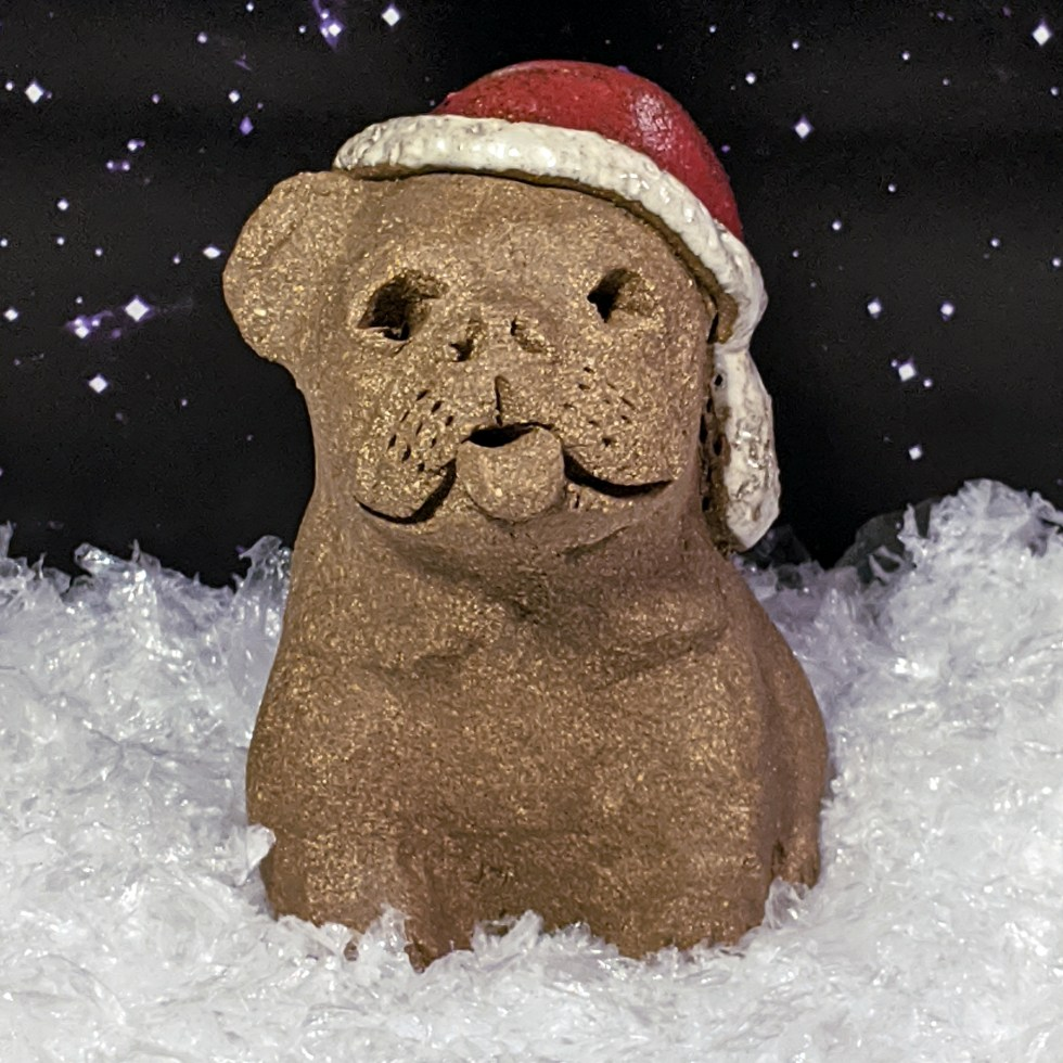 santa-hat-bulldog-margaret-hudson-sculpture-1