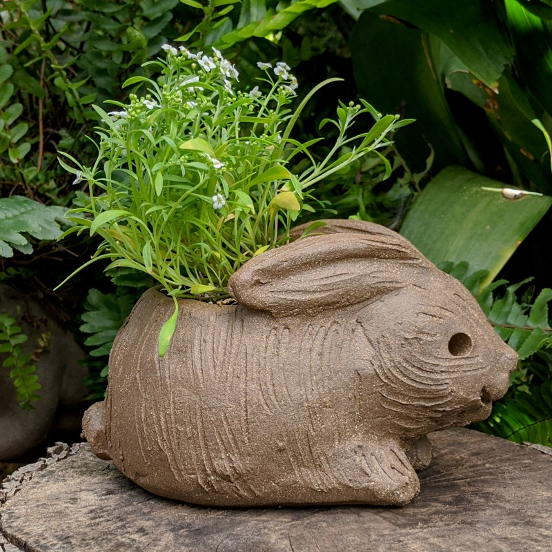 hunched-rabbit-planter-small-6