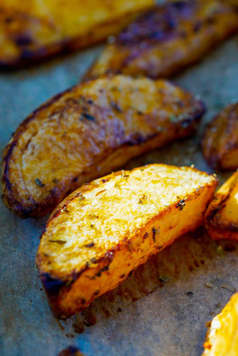 oven baked potato wedges