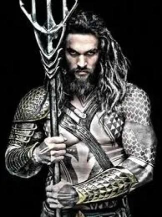 I stand corrected- Aquaman looks BADASS!!!!