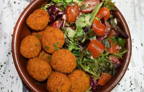 Chickpea Falafels by Chrissy Faery