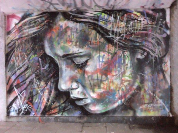 Beautiful Haunting #streetart Faces Earthlad'