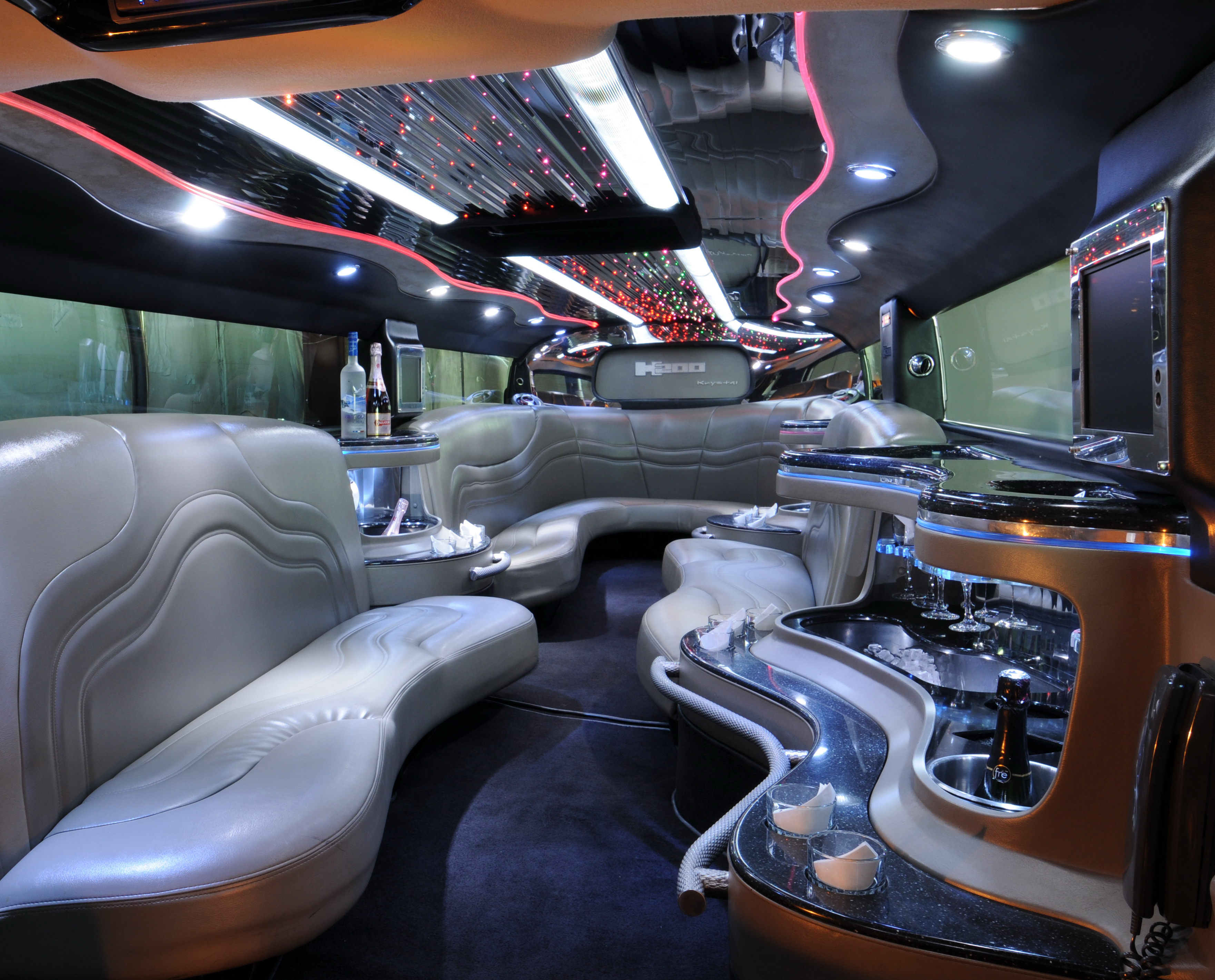 Make a statement at your high school Home ing with Earth Limos