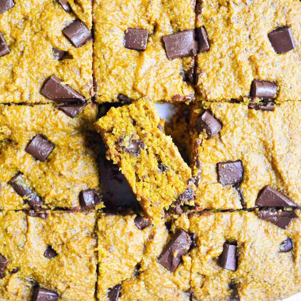 Close up of the best gluten-free pumpkin spice blondies