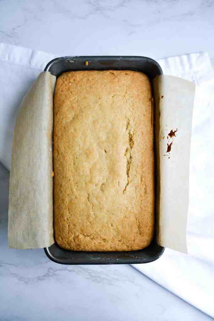 Baked vanilla bean pound cake