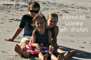 Interest-let Learning With Structure