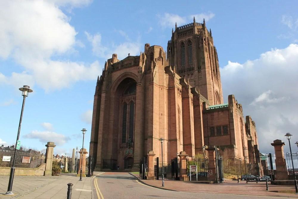 largest churches