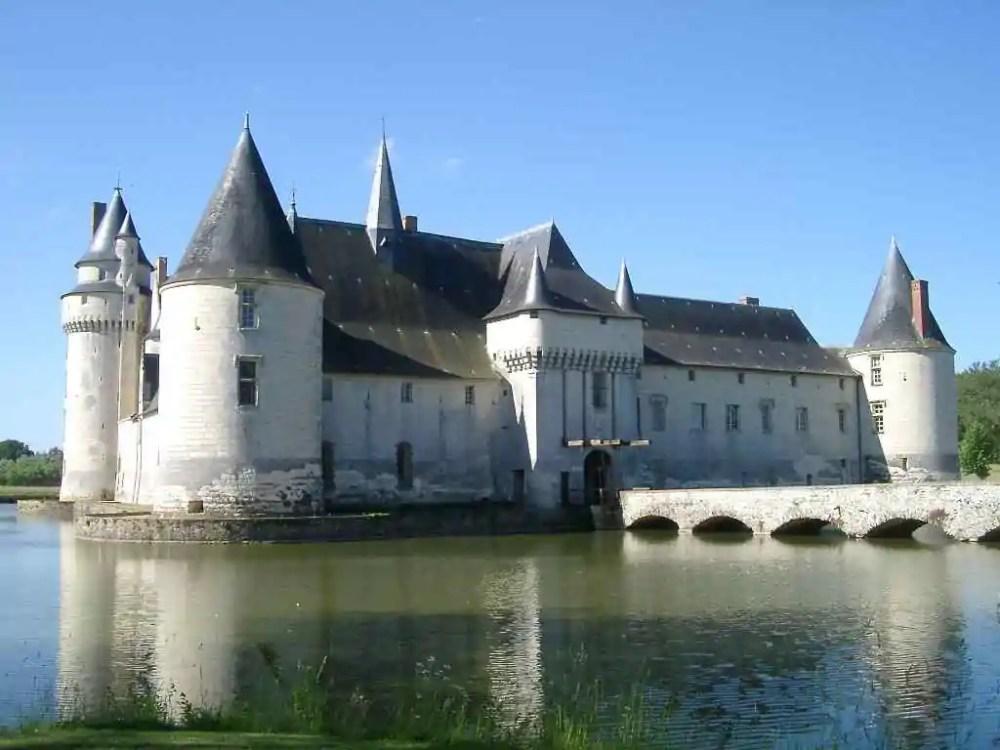 Château du Plessis-Bourre, Ecuille, France
