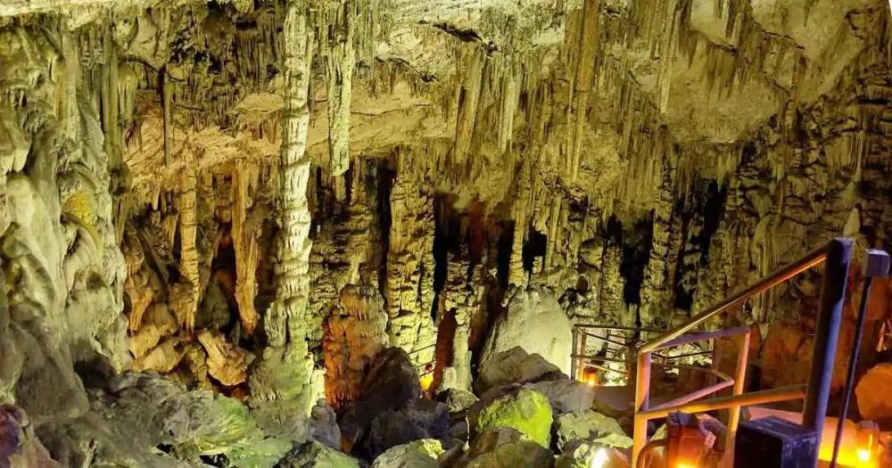 Bronze-Age Minoan Cave