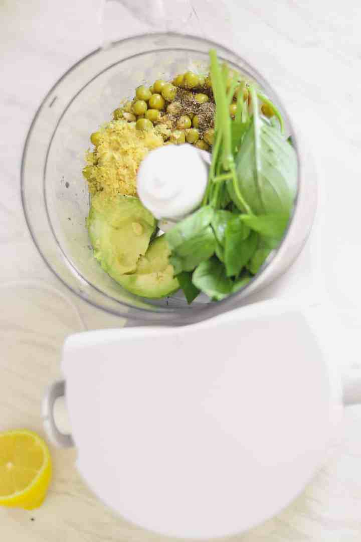 Simple avocado and pea pesto recipe