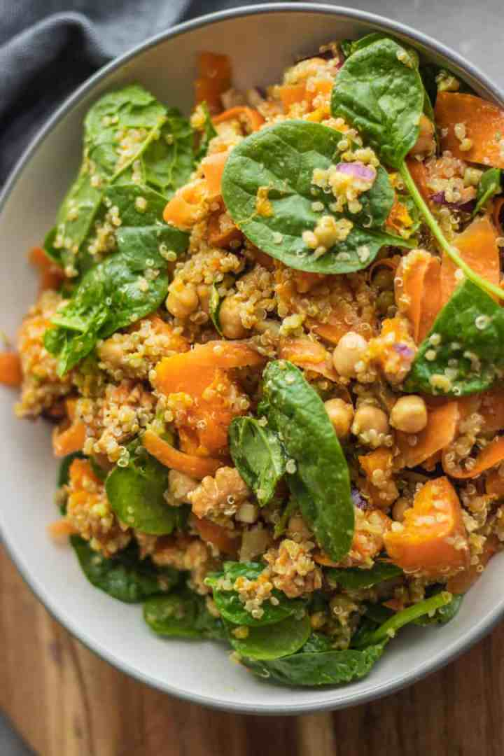 Chickpea quinoa salad with pumpkin, spinach and walnuts