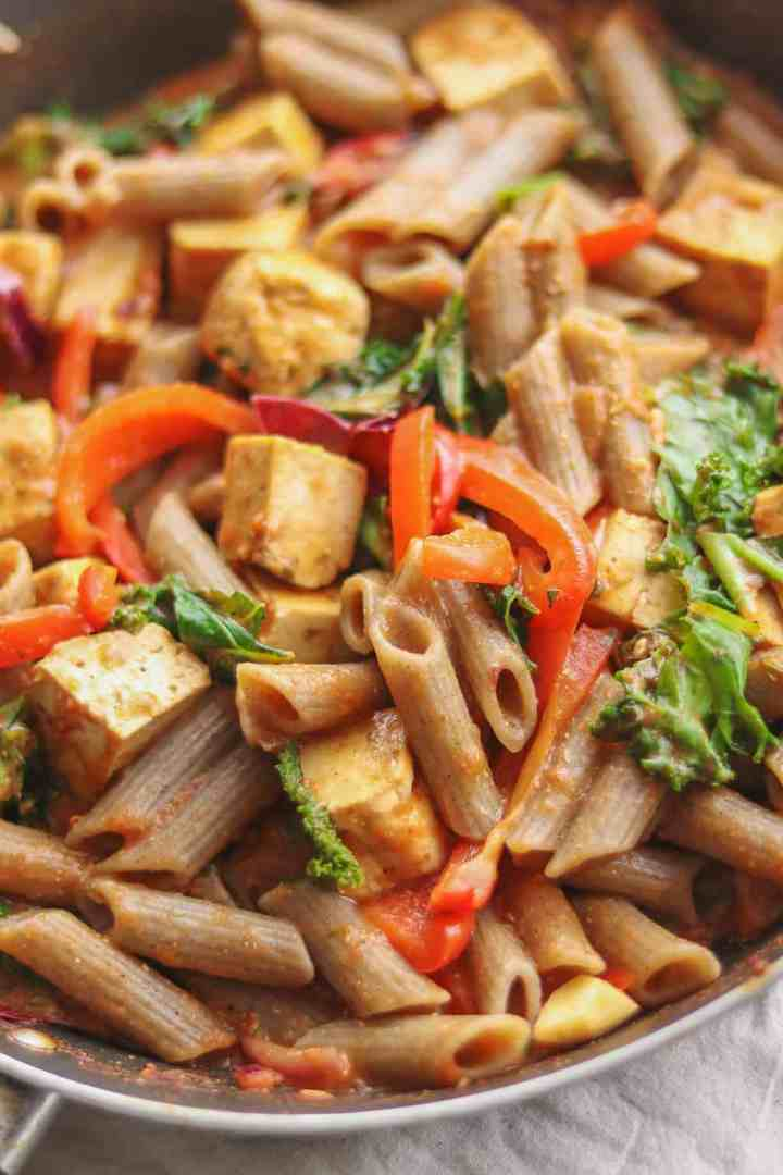 Tomato sauce pasta with tofu and red pepper vegan gluten-free