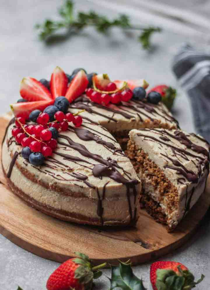 Vegan Gingerbread Cake With Coconut Frosting