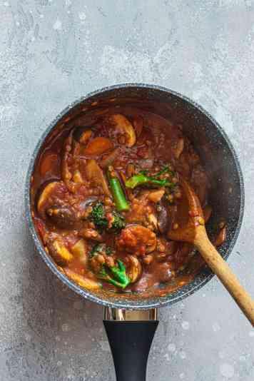 Vegan bolognese in a saucepan