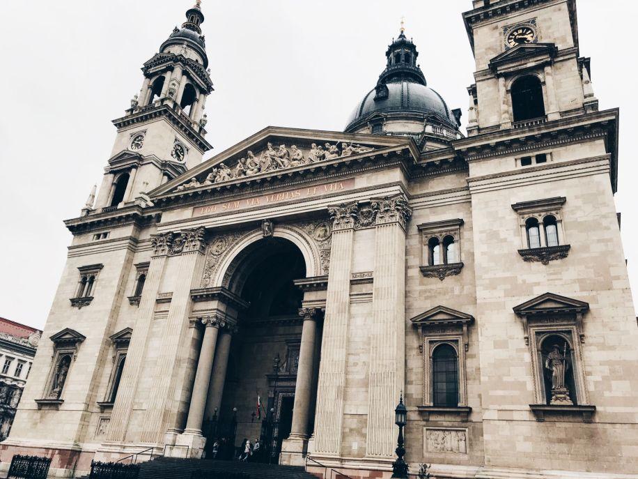 budapest itinerary - visit St. Stephen's Basilica
