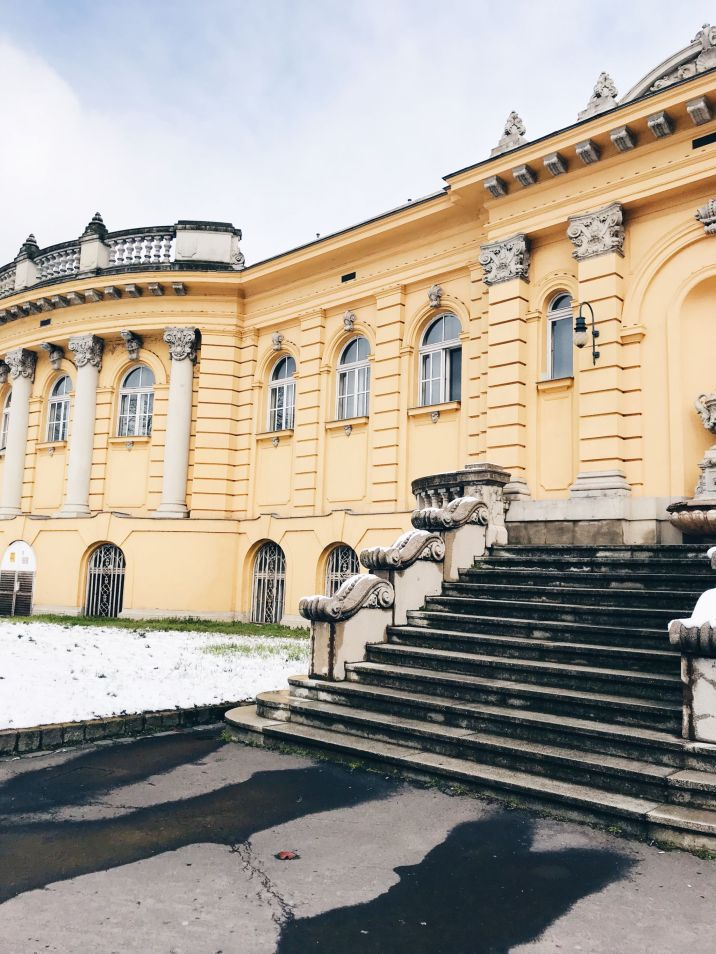 Budapest sightseeing - Széchenyi thermal baths
